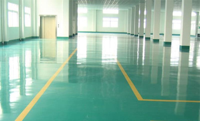 Sử dụng sơn chống thấm cho sàn bê tông bóng đẹp luôn như mới
