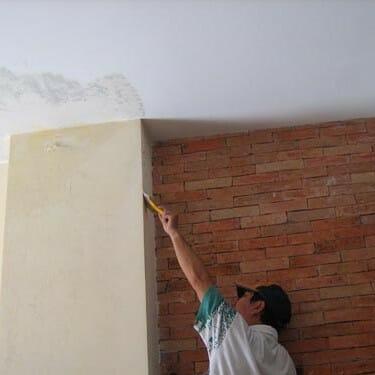 cách chống thấm cho tường nhà cũ,
