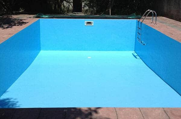 Tại sao cần chống thấm cho bể bơi