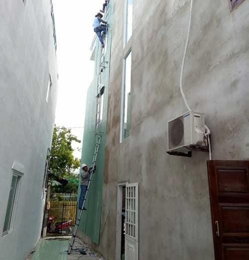 ốp tường chống thấm